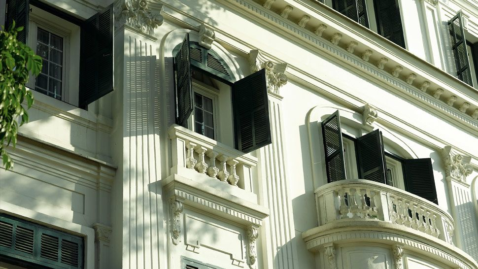 005179-04-hotel-architecture