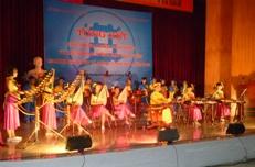 Tổng kết hội thi giai điệu tuổi hồng và liên hoan tiếng hát giáo viên ngành giáo dục và đào tạo năm 2013