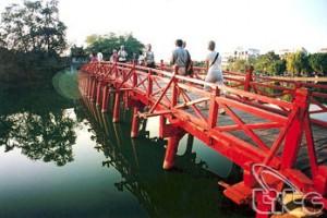 Hà Nội triển khai chương trình kích cầu du lịch năm 2013