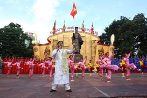 Chùm ảnh: Tổng duyệt cho ngày khai mạc Đại lễ