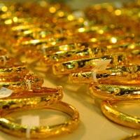 Vàng SJC mất ngưỡng 35 triệu đồng/lượng
