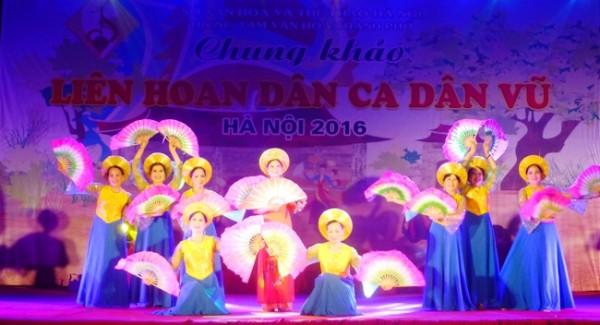 Tiết mục múa của quận Thanh Xuân