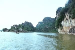 Có một vịnh Hạ Long ngay trong lòng Hà Nội