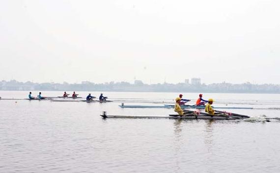 Hà Nội thống trị giải Đua thuyền Canoeing vô địch trẻ quốc gia 2016