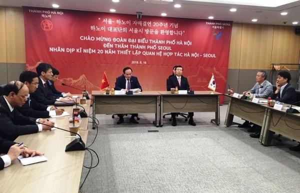 Hội đàm giữa hai đoàn đại biểu Hà Nội và Seoul