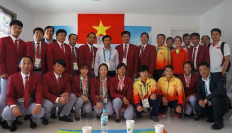 Ông Nguyễn Ngọc Thiện - Bộ trưởng Bộ VHTTDL đã tới thăm và động viên các VĐV thi đấu tại Olympic Rio 2016