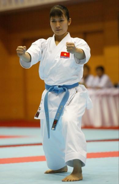 Nguyễn Hoàng Ngân, 'cô gái vàng' của karatedo Việt Nam