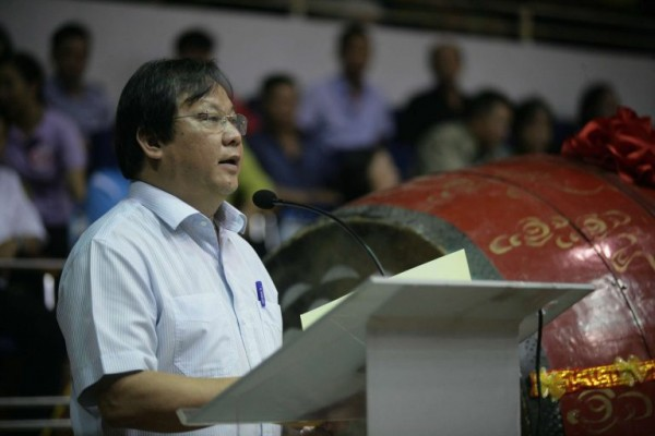 Ông Nguyễn Khắc Lợi, Phó Giám đốc Sở Văn hóa và Thể thao Hà Nội, Trưởng ban tổ chức hội diễn phát biểu tại buổi lễ khai mạc.