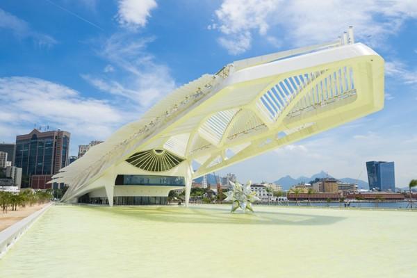 Nhiều du khách cho rằng Bảo tàng Tương lai ở Rio de Janeiro là sự kết hợp giữa một con khủng long và một cái máy điều hòa không khí khổng lồ...