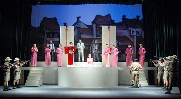 Vở chèo Cánh chim trắng trong đêm - Nhà hát Chèo Hà Nội