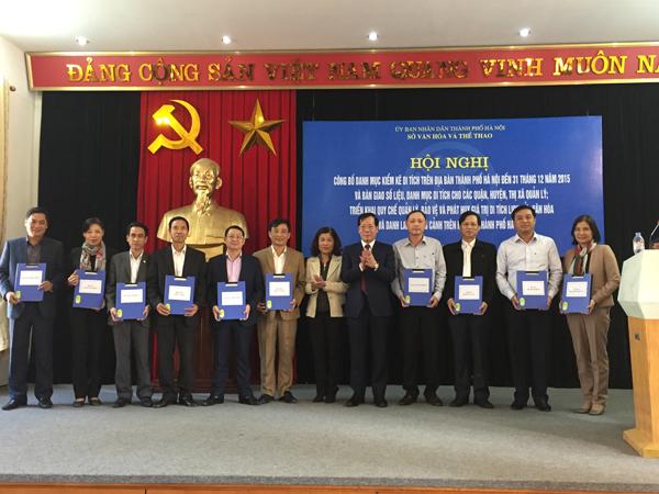 Sở Văn hóa và Thể thao Hà Nội đã bàn giao số liệu, danh mục di tích cho các quận, huyện, thị xã quản lý