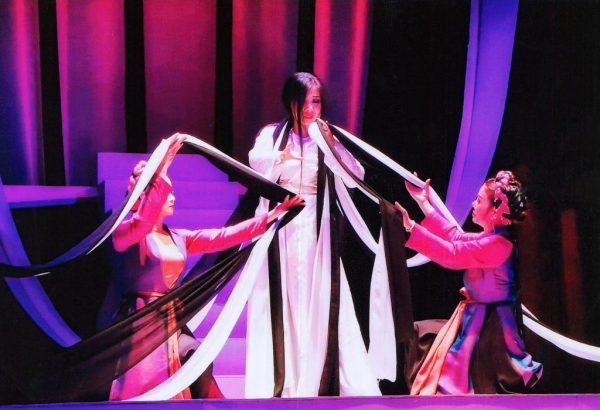 Vở Dâu bể một kiếp tằm - Nhà hát Cải lương Hà Nội