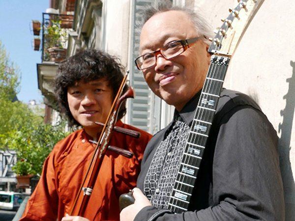 Hai nghệ sĩ Nguyên Lê - Ngô Hồng Quang
