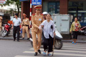 Giữ gìn, phát huy truyền thống văn minh, thanh lịch người Hà Nội