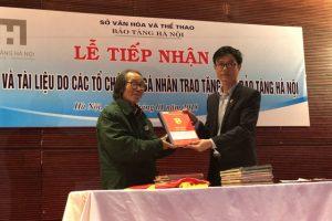 Bảo tàng Hà Nội tiếp nhận hiện vật do các tổ chức, cá nhân hiến tặng