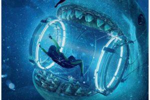 Giải trí cuối tuần: 'Cá mập siêu bạo chúa'