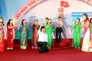 Đội văn nghệ Hòa Nam – điểm sáng phong trào văn nghệ  của huyện Ứng Hòa