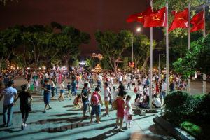 Phố đi bộ khu vực bờ hồ Hoàn Kiếm sẽ kéo dài đến hết ngày 1 Tết dương lịch