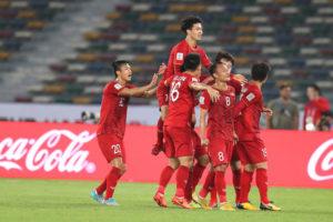 VCK Asian Cup 2019: Tuyển Việt Nam giành quyền vào vòng 1/8 nhờ fair-play