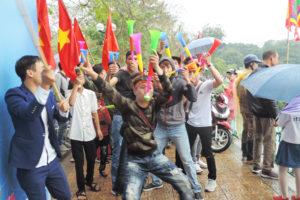 'Đặc sản' Lễ hội Bơi chải thuyền rồng Hà Nội