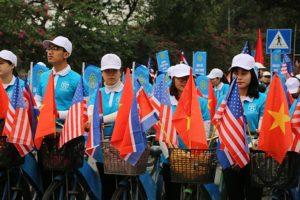 Hà Nội diễu hành tuyên truyền nếp sống văn minh trước thềm Hội nghị Thượng đỉnh Mỹ – Triều Tiên
