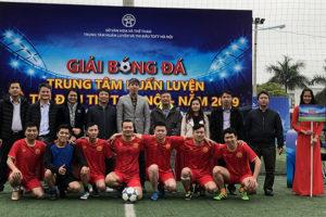 16 đội tham dự Giải bóng đá chào mừng 10 năm thành lập Trung tâm Huấn luyện và Thi đấu TDTT Hà Nội