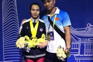 VĐV Hà Nội Vương Thị Huyền giành 3 HCV tại Giải vô địch cử tạ châu Á