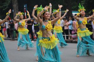 Sôi động vũ điệu Carnaval trên phố đi bộ Hồ Gươm