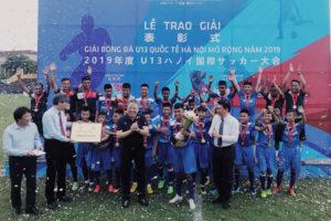 U13 than Quảng Ninh đoạt Cup vô địch giải Bóng đá U13 quốc tế Hà Nội mở rộng