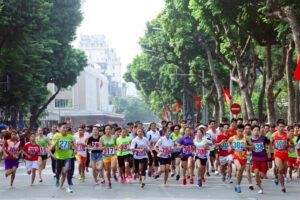 Hơn 160 VĐV tham dự nội dung thi đấu nâng cao chung kết Giải chạy Báo Hànộimới mở rộng 2019