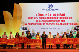 Sở VHTT Hà Nội được tặng Cờ thi đua xuất sắc của Thành phố