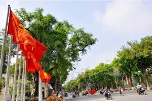Đẩy mạnh trang trí, tuyên truyền kỷ niệm 65 năm Ngày Giải phóng Thủ đô