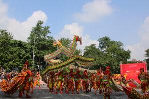 Liên hoan Múa rồng phô diễn những nét đẹp tinh xảo đến với công chúng Thủ đô và du khách