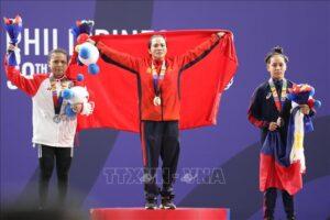 Lực sĩ Hà Nội Vương Thị Huyền giành HCV cử tạ SEA Games 30