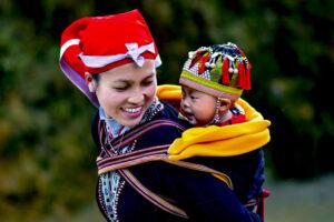 """""""Mái ấm gia đình Việt"""" – tôn vinh những giá trị chuẩn mực đạo đức tốt đẹp của gia đình"""
