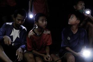 Phim điện ảnh về chiến dịch giải cứu đội bóng nhí Thái Lan đã đến với khán giả Hà Nội