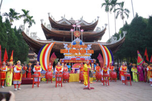 Khai hội chùa Hương xuân Canh Tý 2020