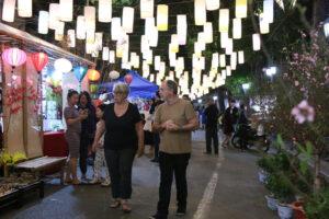Chợ hoa Tết Hàng Lược và các hoạt động tại không gian bích họa phố Phùng Hưng