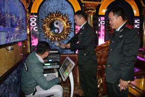 Thanh tra Sở VHTT kiểm tra các cơ sở kinh doanh karaoke về công tác phòng chống dịch nCoV