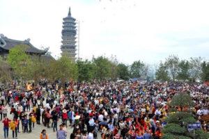 Công điện của Bộ VHTTDL yêu cầu dừng tất cả các lễ hội, kể các lễ hội đã khai mạc tại các tỉnh công bố dịch