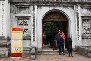 Nhiều di tích tại Hà Nội tạm dừng đón khách lần 2 để khử trùng