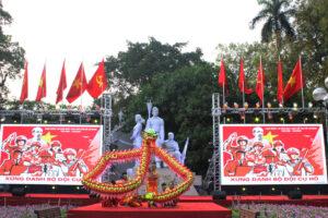Sôi nổi chương trình biểu diễn thể thao Chào mừng Kỷ niệm 130 năm Ngày sinh Chủ tịch Hồ Chí Minh