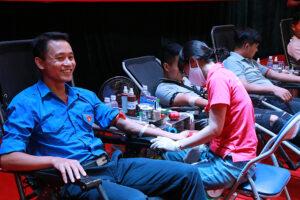 """""""Ngày hội hiến máu tình nguyện"""" chào mừng thành công của ĐH Đảng bộ Sở VHTT"""