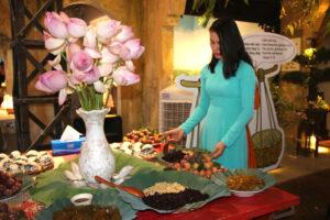 Trải nghiệm Tết Đoan Ngọ truyền thống trong lòng Hà Nội