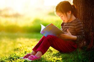 Văn hóa đọc giữ vai trò quan trọng trong việc hình thành vốn tri thức, kỹ năng sống và phát triển nhân cách con người
