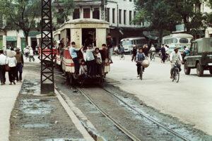 """Ngắm """"Hà Nội 1967 – 1975"""" qua góc nhìn của nhiếp ảnh gia nổi tiếng người Đức"""