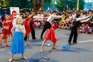 Festival nghệ thuật hữu nghị quốc tế năm 2020 với nhiều hoạt động hấp dẫn tại phố đi bộ Hồ Gươm