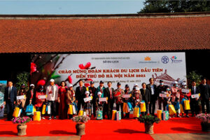 Hà Nội đón đoàn du khách nội địa đầu tiên năm 2021