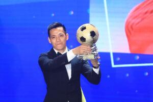 Cầu thủ Hà Nội FC giành danh hiệu VĐV tiêu biểu của TTVN năm 2020