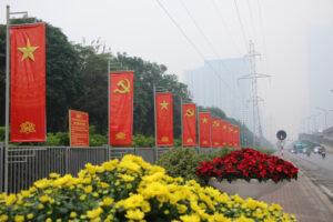 Thủ đô Hà Nội rực rỡ cờ hoa chào mừng Đại hội đại biểu toàn quốc lần thứ XIII của Đảng